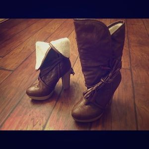 Brown, lined, heel boots in a size 6!